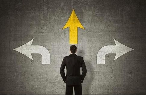 Cách đưa ra quyết định đúng đắn qua 5 bước