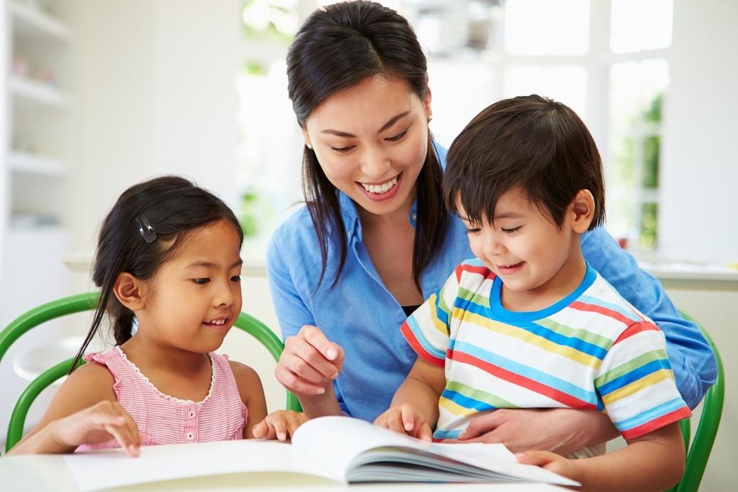 10 Cách dạy con ngoan dành cho cha mẹ hiện đại