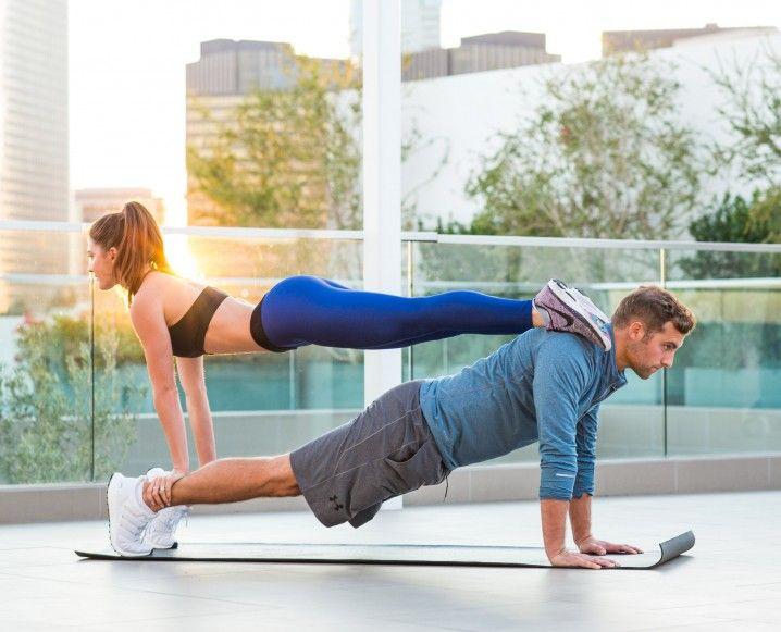 5 tư thế Yoga đôi nam nữ không thể bỏ qua cho các cặp đôi