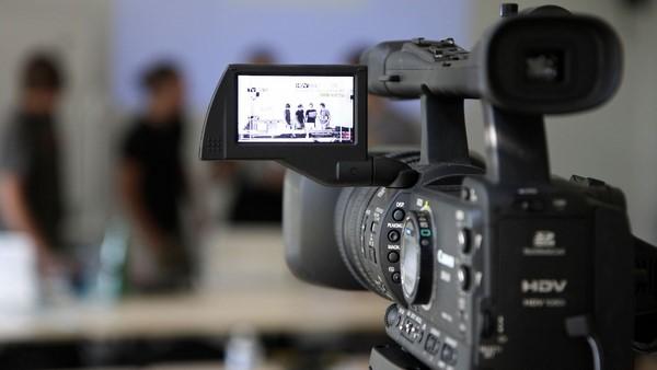 Cách quay video bằng máy ảnh đơn giản mà đẹp mê hồn