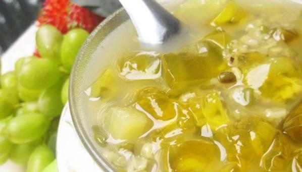 Cách nấu chè đậu xanh nha đam cốt dừa giải nhiệt ngày hè