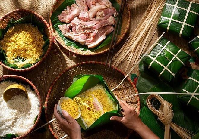 Hướng dẫn cách gói bánh chưng bằng lá chuối cực đơn giản