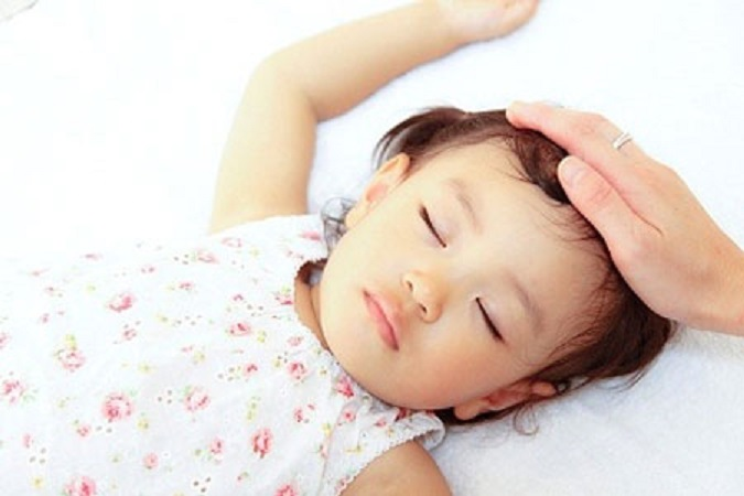 Bật mí cách trị đổ mồ hôi đầu ở trẻ em ngay tại nhà