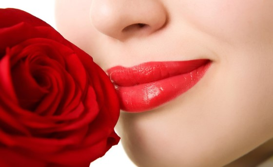 Tất cả những điều chị em cần ghi nhớ sau khi xăm môi