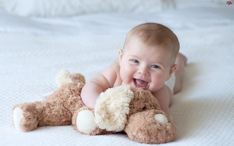 Bố mẹ nào nên sinh con năm 2020 để con dễ nuôi, mạnh khỏe?