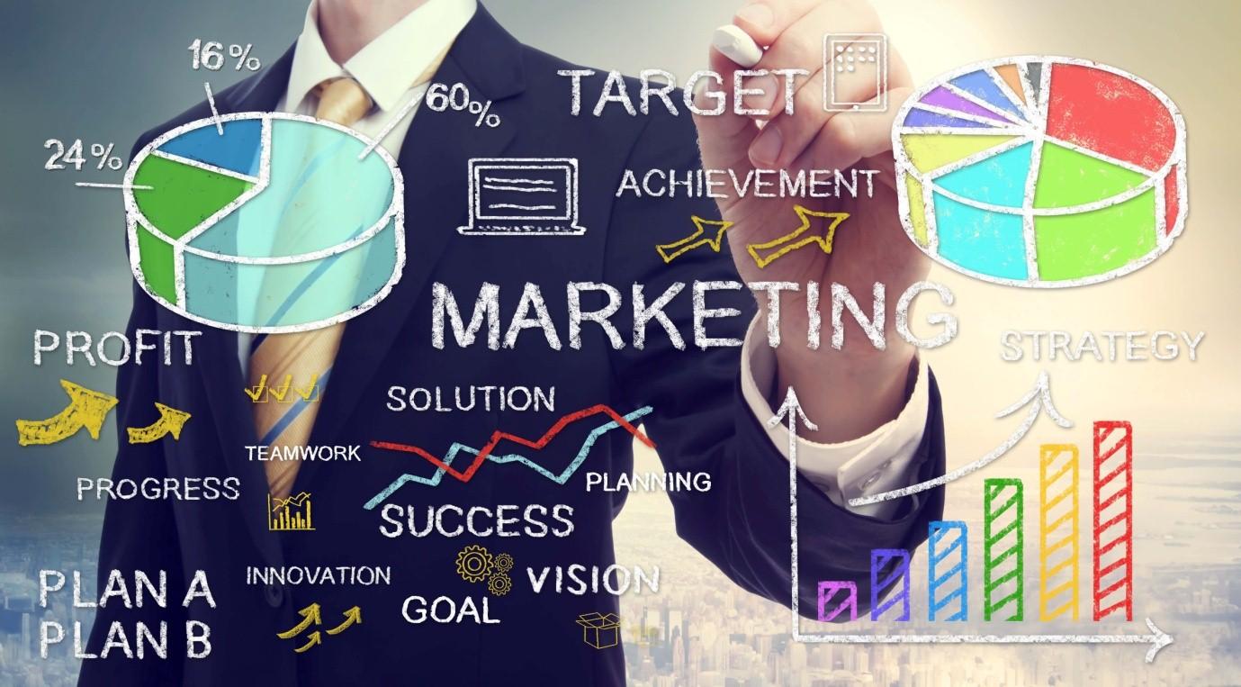 """Top 5 khóa học Marketing Online """"chất như nước cất'"""