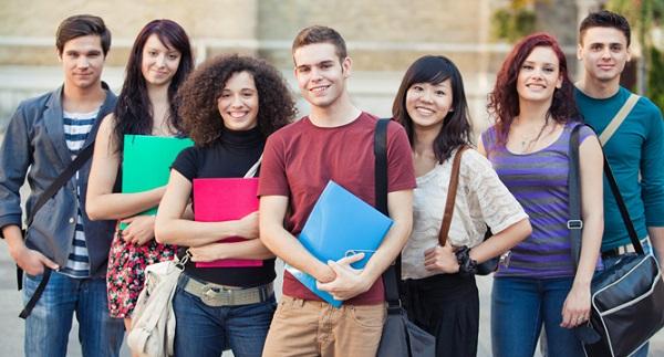 Top 2 khóa học tiếng Anh giao tiếp cơ bản cực chất dành cho người mới bắt đầu