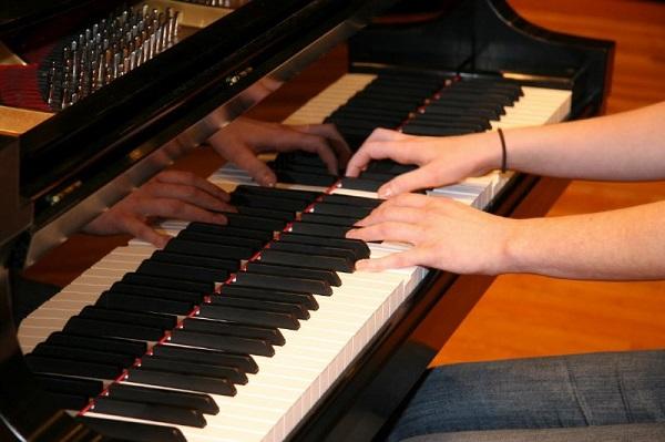 Chia sẻ kinh nghiệm khi mua đàn Piano