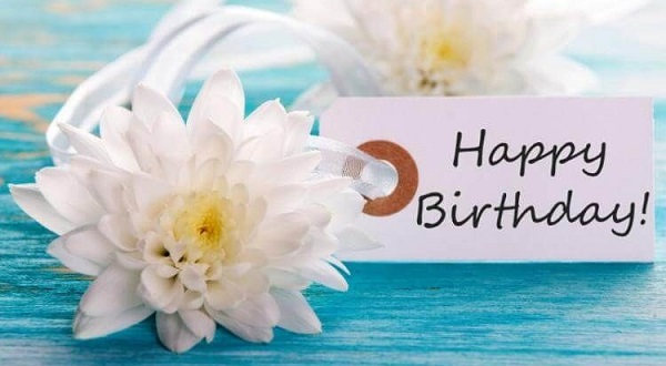 Top 10 lời chúc sinh nhật độc đáo trên facebook dành tặng bạn bè mà bạn không nên bỏ qua