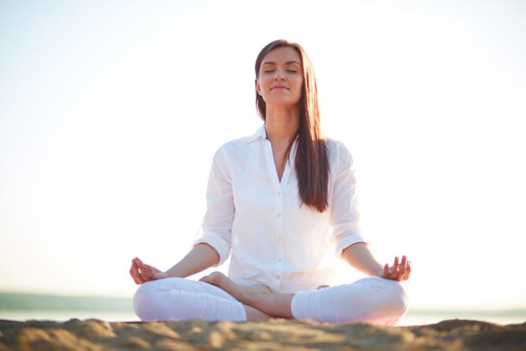 Học yoga ở đâu khi bạn quá bận rộn với công việc và cuộc sống?
