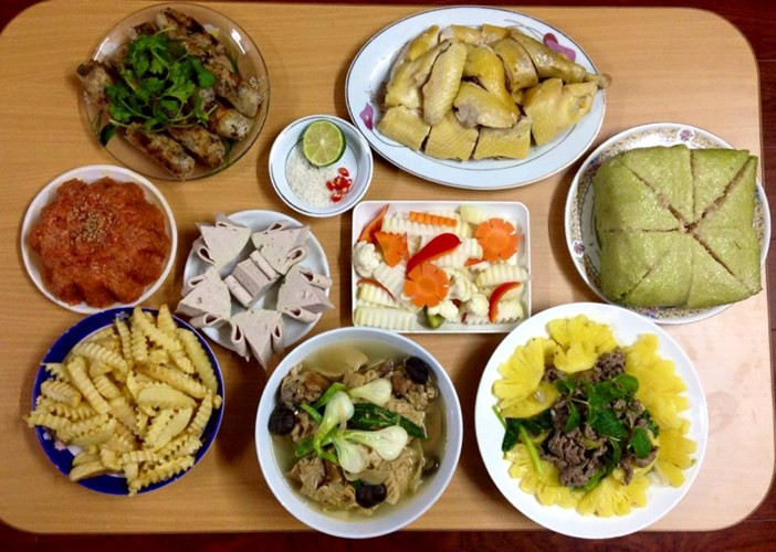 Mâm cơm ngày Tết gồm những món gì