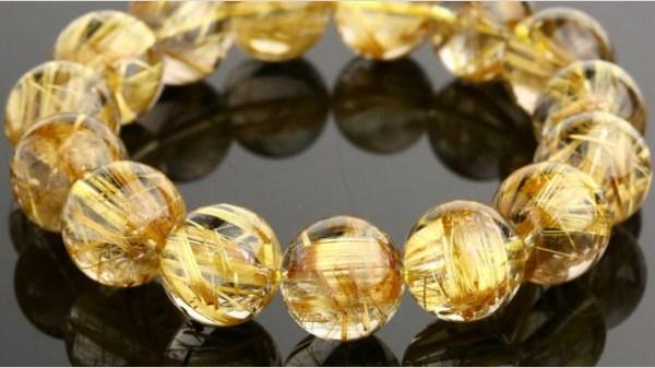 Mạng Thổ hợp đá màu gì nhất để đem lại may mắn thịnh vượng?