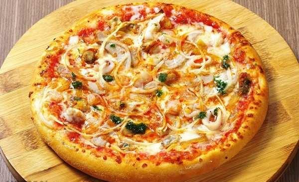 Cách làm bánh pizza thực hiện qua bao nhiêu bước