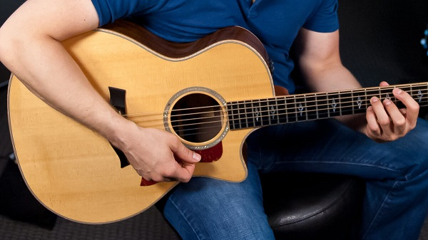 Cách bấm hợp âm Guitar cơ bản cho người mới bắt đầu