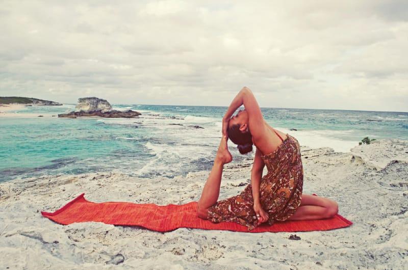 Yoga trị liệu cột sống - giải pháp hàng đầu cho các vấn đề xương khớp