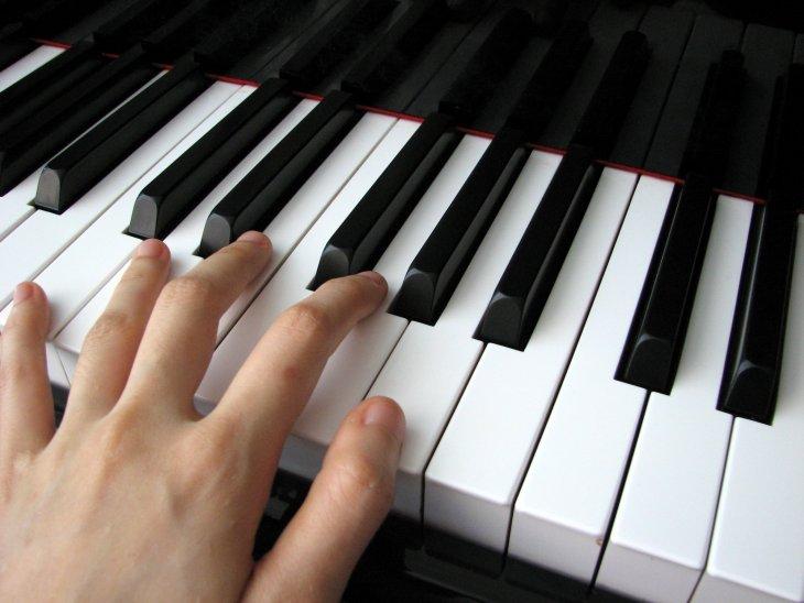 Học đánh đàn Organ nhờ 2 khóa học