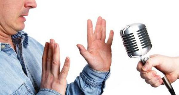 Cách luyện giọng nói nhẹ nhàng như MC chuyên nghiệp