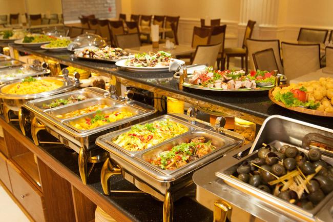 """""""Lật tẩy"""" thủ thuật siêu lợi nhuận của mô hình kinh doanh nhà hàng buffet"""