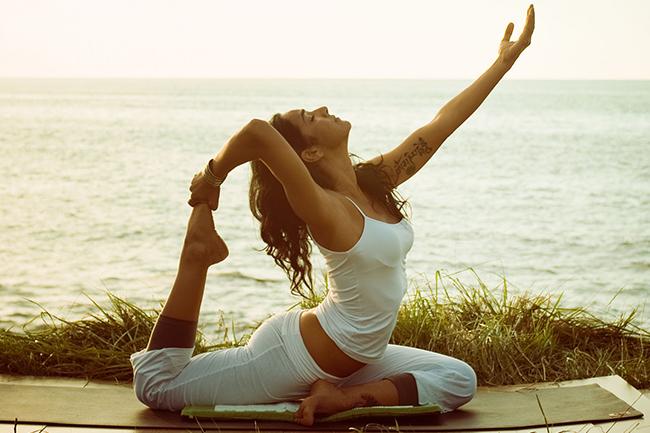 Yoga trị liệu tác động như thế nào đến sức khỏe của bạn?