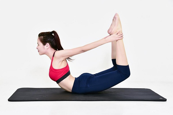 Giải quyết mọi nỗi lo gù lưng với các bài tập yoga uốn dẻo lưng hiệu quả