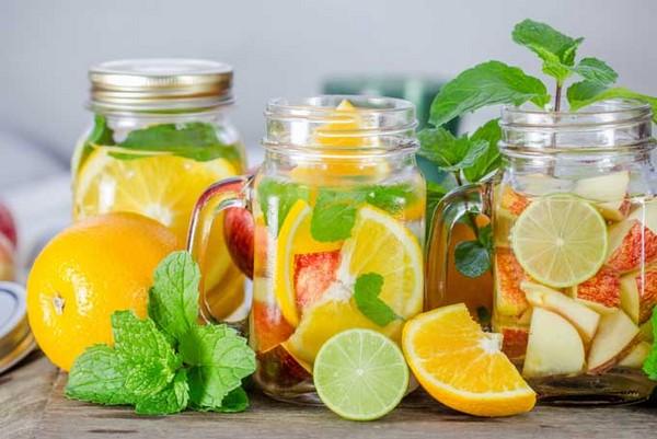 """4 cách làm nước detox giúp nàng """"diệt gọn"""" mỡ bụng cực đơn giản tại nhà"""